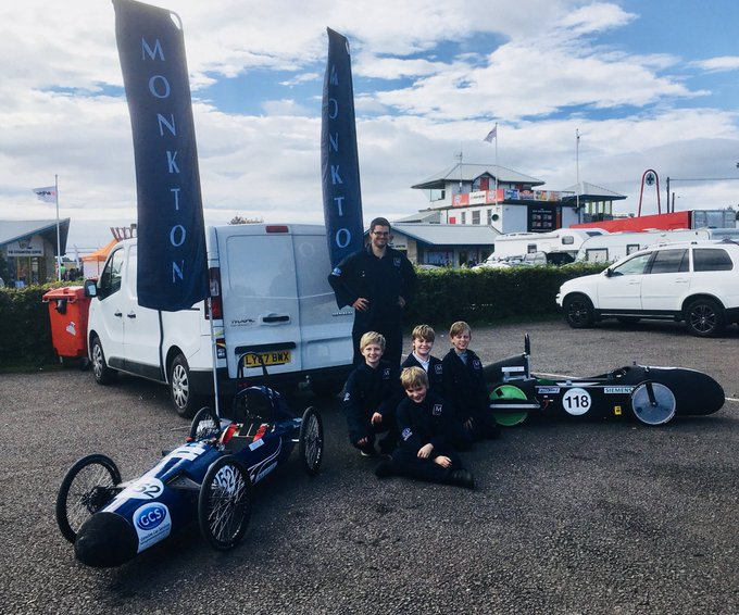 What a great day for @Monkton's greenpower team at the Greenpower Education Trust event at Castle Combe Race Circuit. With two cars on the track Monkton is really on top form today. #greenpower #castlecombe Foto