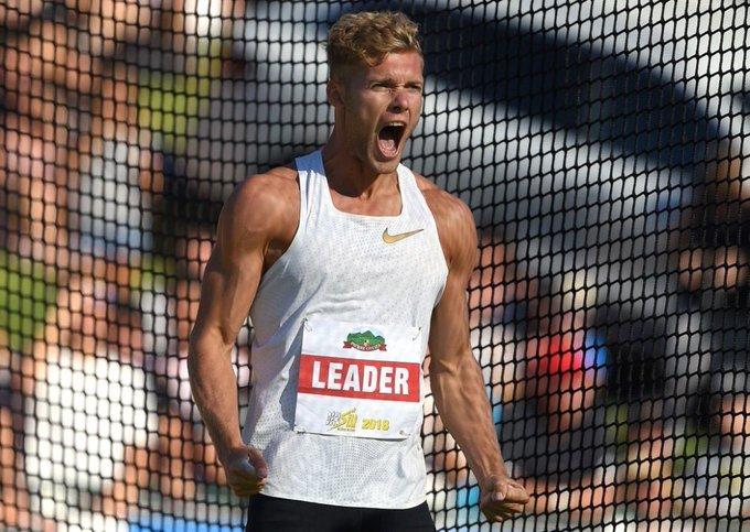Double record du monde aujourd'hui sur 2 épreuves mythiques : le marathon et le deca ! Quelle journée ! Bravo @mayer_decathlon la grande classe ! Foto