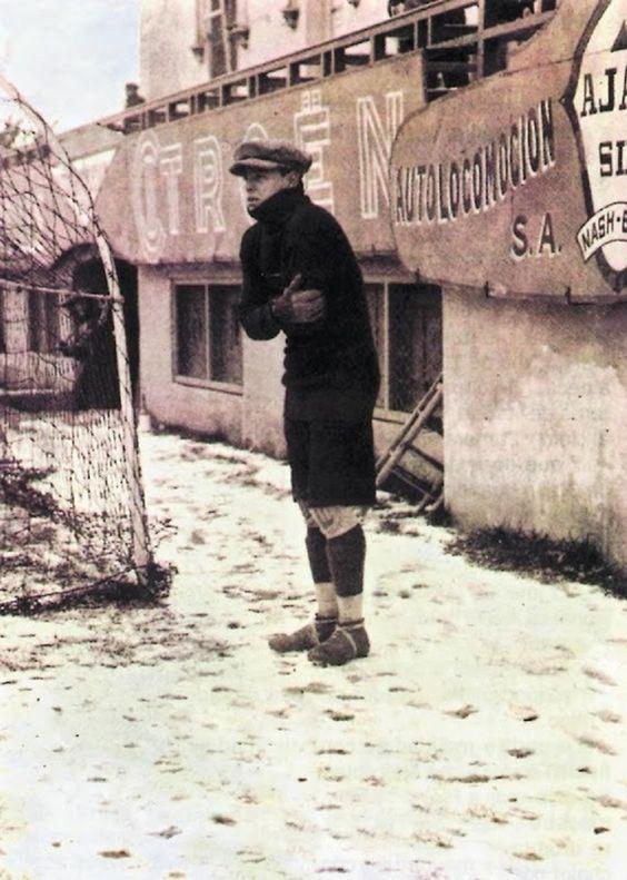 FOTOS HISTORICAS O CHULAS  DE FUTBOL DnPSwITX0AYjzRl