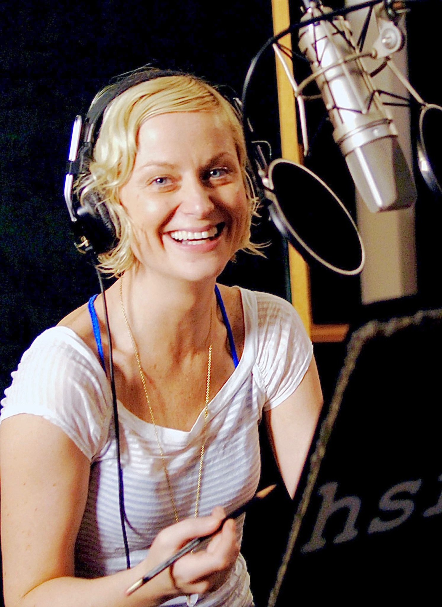 ""\""""People are their most beautiful when they are laughing.""""    Happy birthday, Amy Poehler.""1492|2048|?|en|2|abfaabda930521a8522157d6d1913f88|False|UNLIKELY|0.32764098048210144