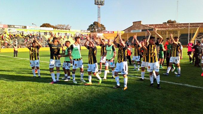 ¡¡Ganoooooo Olimpo!! El Aurinegro superó a Ferro 2-1 con goles de Axel Rodríguez y Lautaro Belleggia de penal 👏 💪 Foto