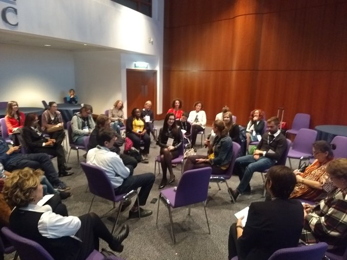 Great day at the #CochraneForAll Colloquium where I conducted my first fishbowl discussion on challenges for rapid a format I am going to use to everyone who participated and huge shout-out to my co-moderators @ATricco and @ZohraLassi Photo