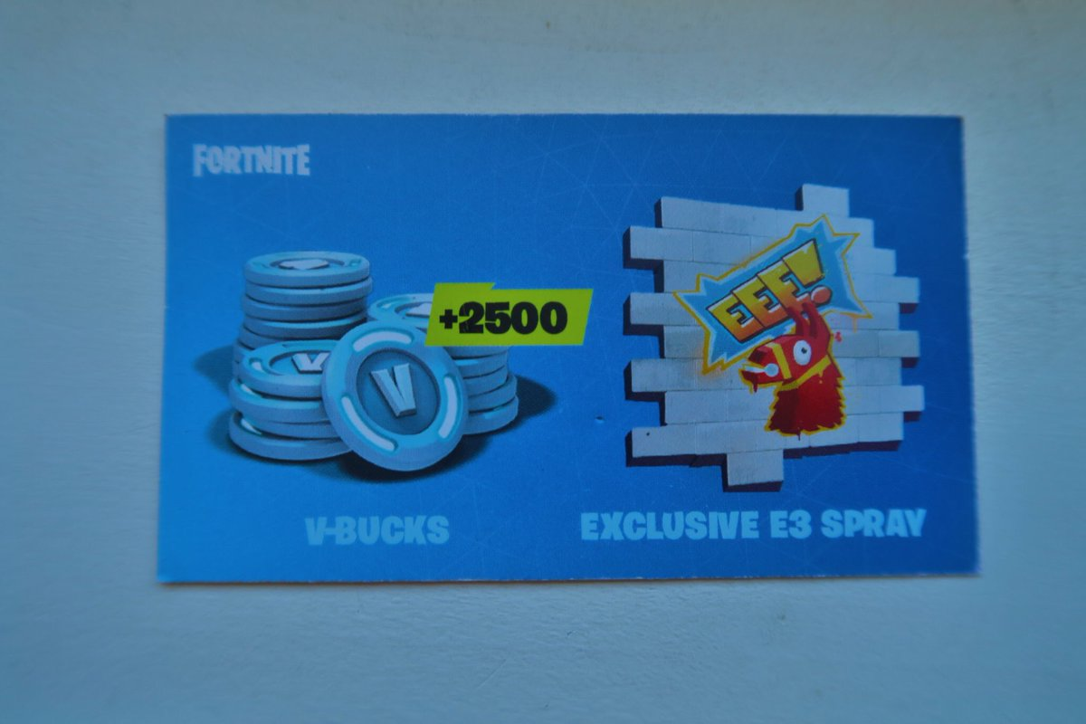 i just have 50 new codes e3 spray like if you want any one - fortnite eee spray code for sale
