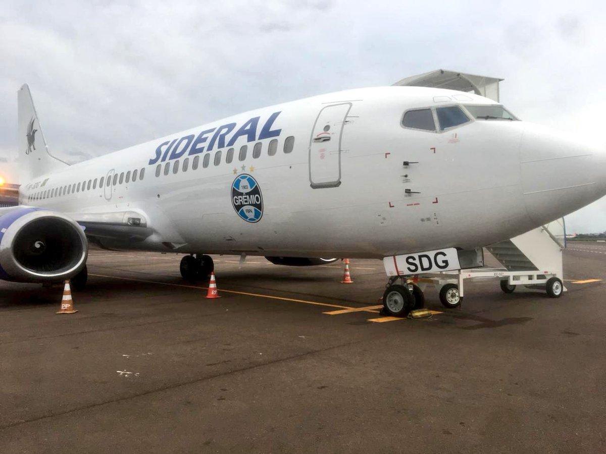 Um avião desses, bicho! 🔵⚫️⚪️ ✈️🇦🇷💪🏽⚽🇪🇪🏆 #Libertadores2018 #DonosDaAmérica #EmBuscaDoTetra #CATxGRE