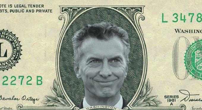 ▶16 de abril: dólar a $ 20,45 ▶16 de septiembre: dólar a $ 40,40 Si ganás $ , pasaste de ganar US$ 978 a US$495. En apenas 5 meses se llevaron la mitad de tu sueldo. El podemos vivir mejor era para ellos, que la tienen afuera y en dólares. #DólarCristina Foto