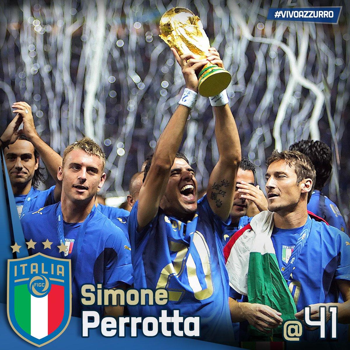 Buon compleanno a Simone #Perrotta! 48 presenze in #Nazionale 2 #gol#Mondiale 2006 #Europeo #Under21 2000 #AshtonUnderLyne, #17settembre 1971L\