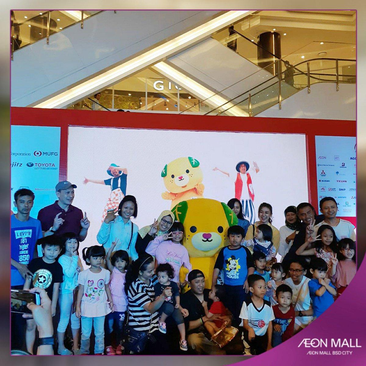 Tak ketinggalan kembali lagi karakter Mican turut memeriahkan acara Japan  Village di Main Atrium, AEON Mall BSD City sambil foto bersama.