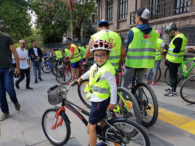 Ankara'da sepsis için pedal çevirdiler Sepsis nedir, nasıl anlaşılır? https://t.co/5FecUnNBP7 https://t.co/kDUkfJ6277