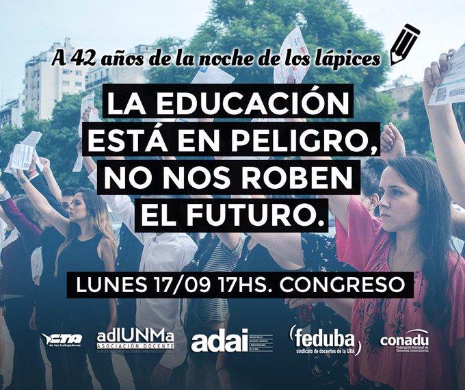 #BuenLunes A 42 años de #LaNocheDeLosLapices hoy marchamos junto a lxs secundarixs porque los lápices siguen escribiendo. Concentramos a las 17hs en Congreso. Foto