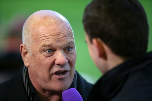 Andy Gray discussing Burnleys goalkeepers: Youve got Tom Heaton, a young man, and Joe Hart who is 35+ Tom Heaton is 32, Joe Hart is 31.