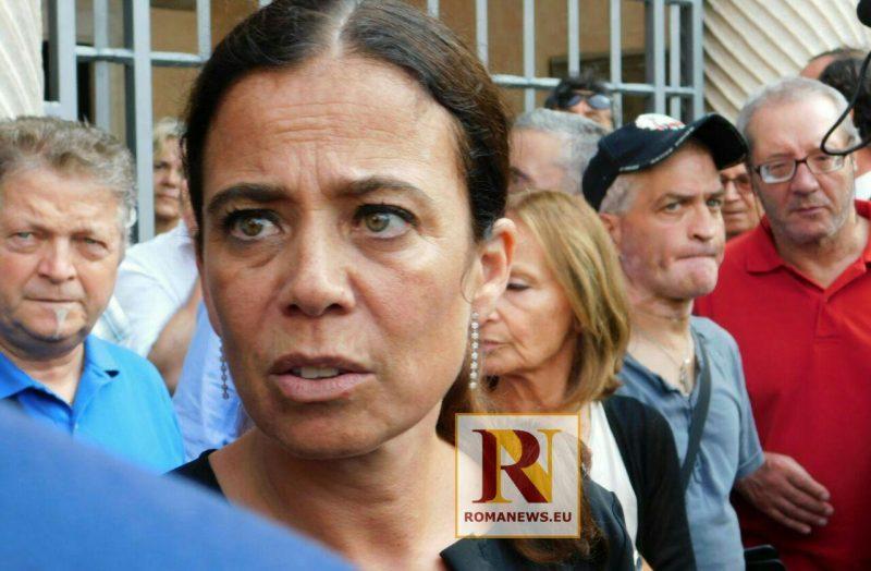 """Rosella Sensi ricorda la mamma Maria: """"Era fiera di essere romanista"""" (VIDEO)#ASRoma #MariaSensihttps://romanews.eu/notizie-roma/rosella-sensi-ricorda-la-mamma-maria-era-fiera-di-essere-romanista-video/  - Ukustom"""