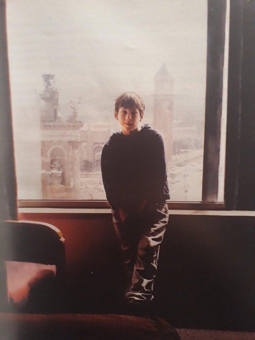 18 лет назад в этот день Лео Месси прилетел в Барселону, чтобы покорить весь мир. 👑 Фото
