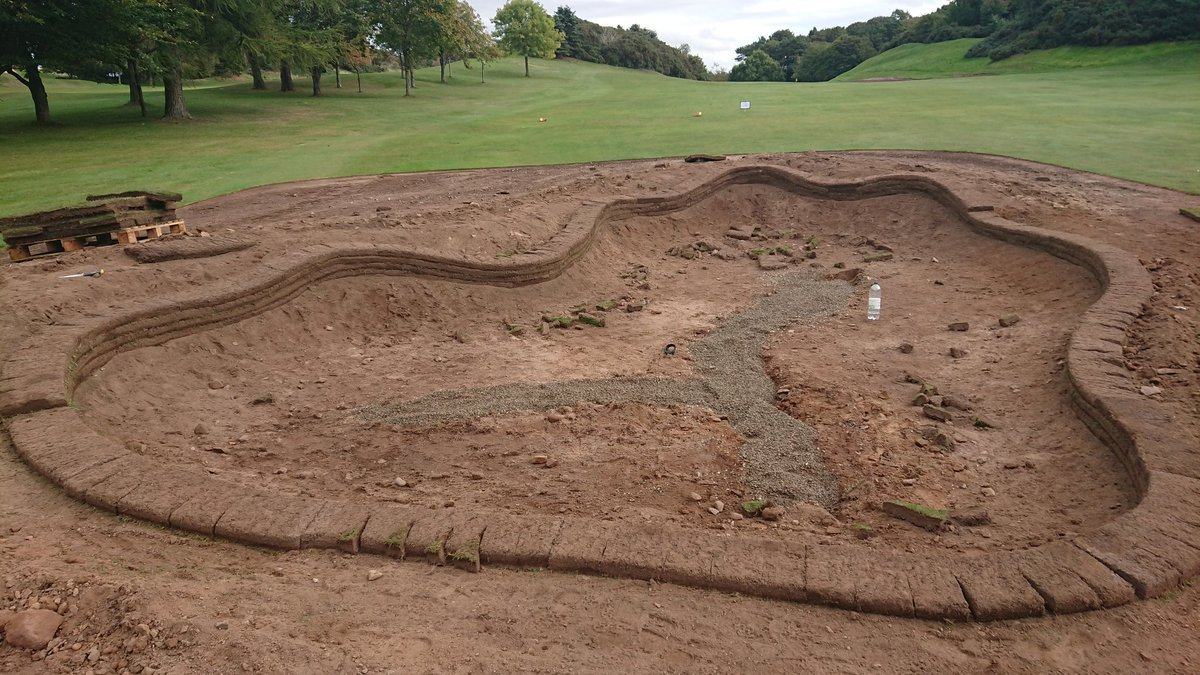 test Twitter Media - Just a quick photo to show what to expect the shapes to be like in our new bunkers. The first bunker edge has nearly been completed at the 2nd hole. https://t.co/TDLtXZpu7z
