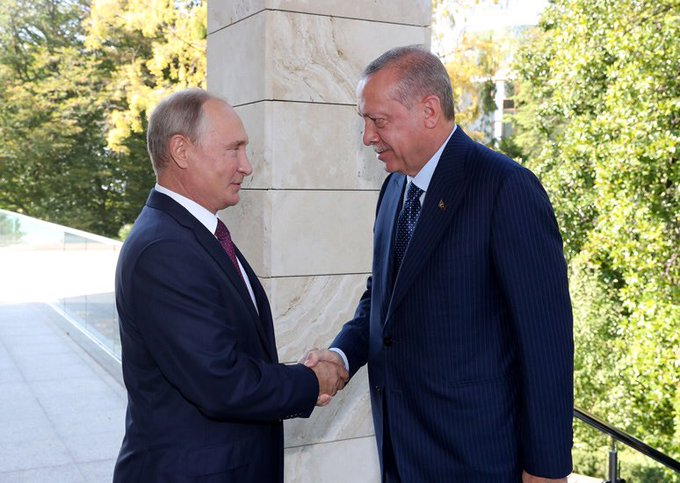 President Erdoğan meets with President Putin of the Russian Federation Foto