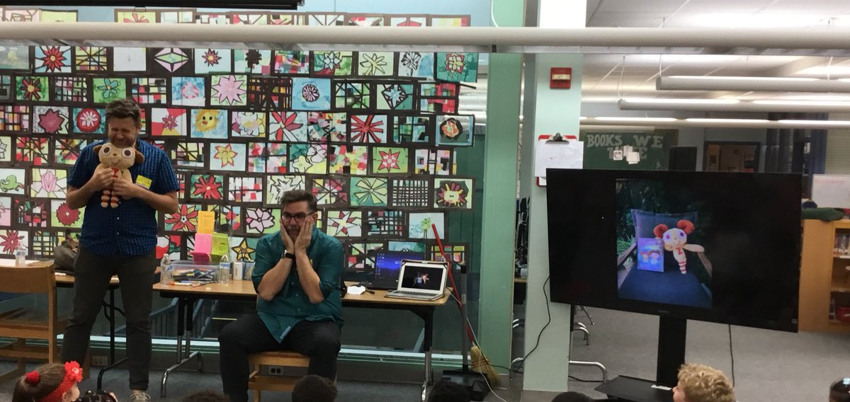 Oakridge welcomes author <a target='_blank' href='http://twitter.com/DrewDaywalk'>@DrewDaywalk</a> and illustrator Scott Campbell  <a target='_blank' href='http://twitter.com/scottlava'>@scottlava</a>. Thank you <a target='_blank' href='http://twitter.com/KarenBentall'>@KarenBentall</a> for organizing this event. <a target='_blank' href='http://search.twitter.com/search?q=APSIsAwesome'><a target='_blank' href='https://twitter.com/hashtag/APSIsAwesome?src=hash'>#APSIsAwesome</a></a> <a target='_blank' href='https://t.co/JIBse4czYM'>https://t.co/JIBse4czYM</a>
