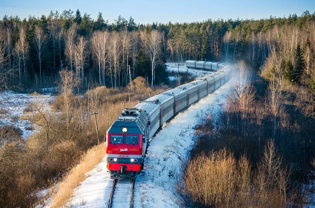 этот поезд весной в картинках для чтобы привлечь