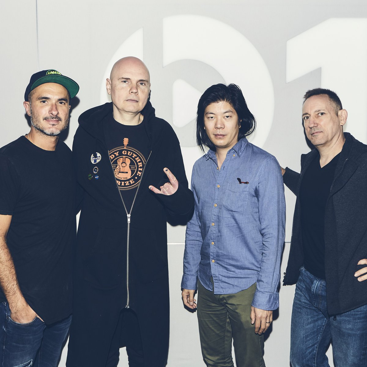 Its time. @SmashingPumpkin & @zanelowe go on the record about Shiny and Oh So Bright Vol.1 / LP. No Past. No Future. No Sun. Listen: apple.co/SPB1 Watch: youtu.be/3XtQRODxJYg