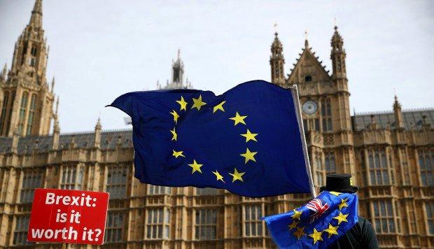 El FMI prevé «costes significativos» si el Reino unido deja la UE sin acuerdo Foto