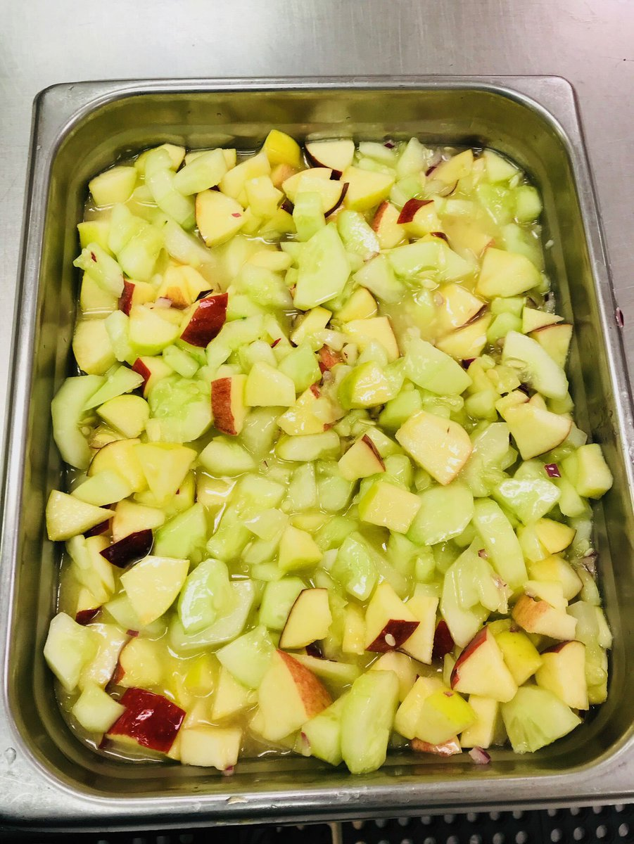 .<a target='_blank' href='http://twitter.com/JeffersonIBMYP'>@JeffersonIBMYP</a> made a tasty Apple Cucumber Salad today to celebrate <a target='_blank' href='http://search.twitter.com/search?q=APSHarvestoftheMonth'><a target='_blank' href='https://twitter.com/hashtag/APSHarvestoftheMonth?src=hash'>#APSHarvestoftheMonth</a></a> <a target='_blank' href='https://t.co/zufwiKut0U'>https://t.co/zufwiKut0U</a>
