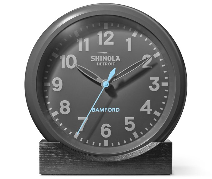 .@Shinola takes a step closer to making customised watches with @BamfordDept London Foto