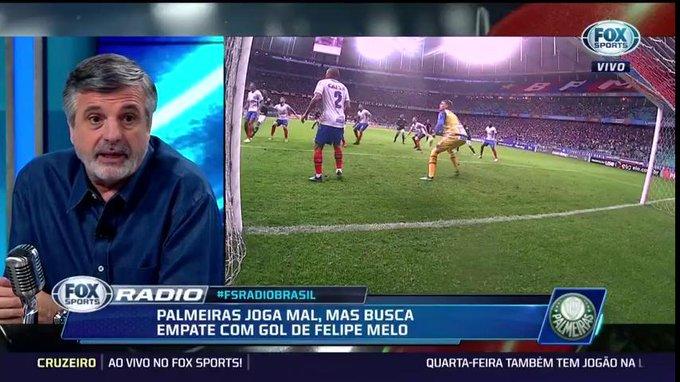 🎙Pascoal sobre a atuação do @Palmeiras: O time jogou muito mal, primeiro tempo foi amassado e demorou muito a perceber que as jogadas estavam saindo todas pelo lado esquerdo da defesa #FSRádioBrasil Foto