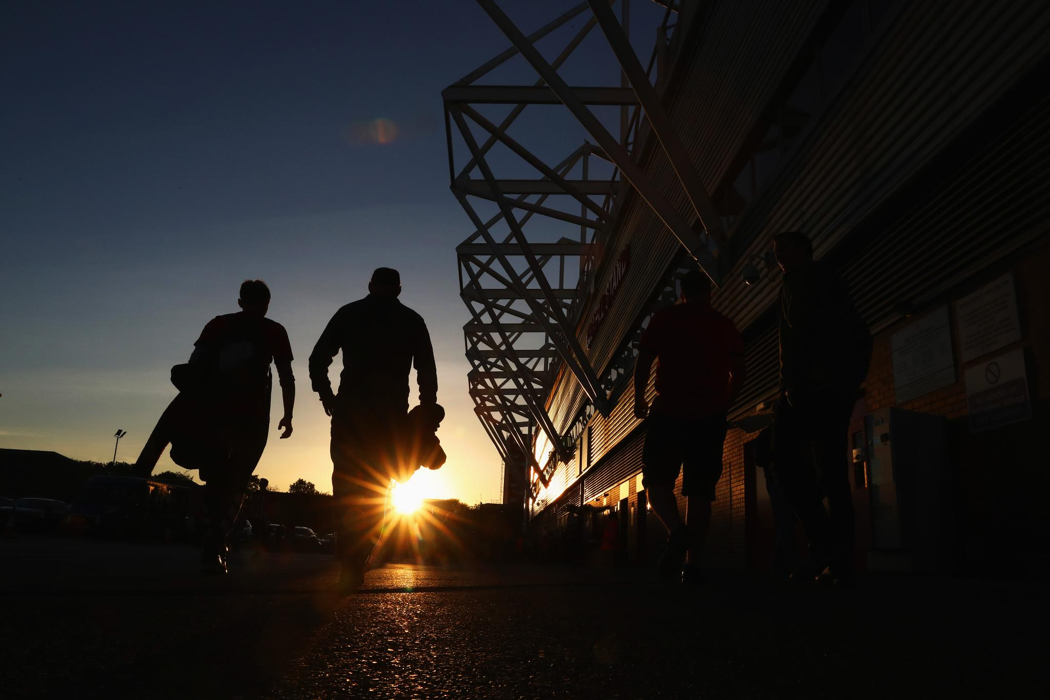 �� Late summer evenings at St Mary's Stadium ��  #SOUBHA @SouthamptonFC https://t.co/zcjLOw6gqz