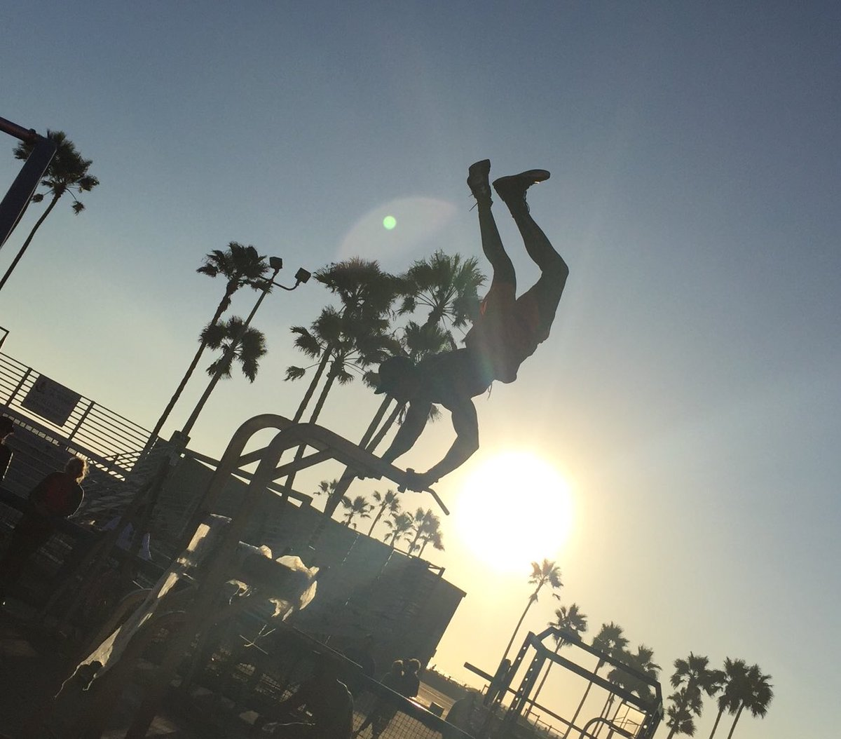 For most of our life on Earth we either resist or succumb to the force of gravity. At Muscle Beach, gravity loses every time.  (Venice, California - Sept 2016).  https://t.co/6T511LQmFN