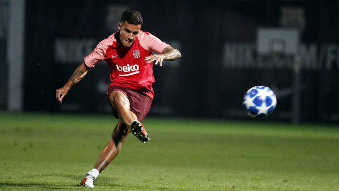 After months of waiting, @Phil_Coutinho has his first shot at the Champions League with Barça. Photo