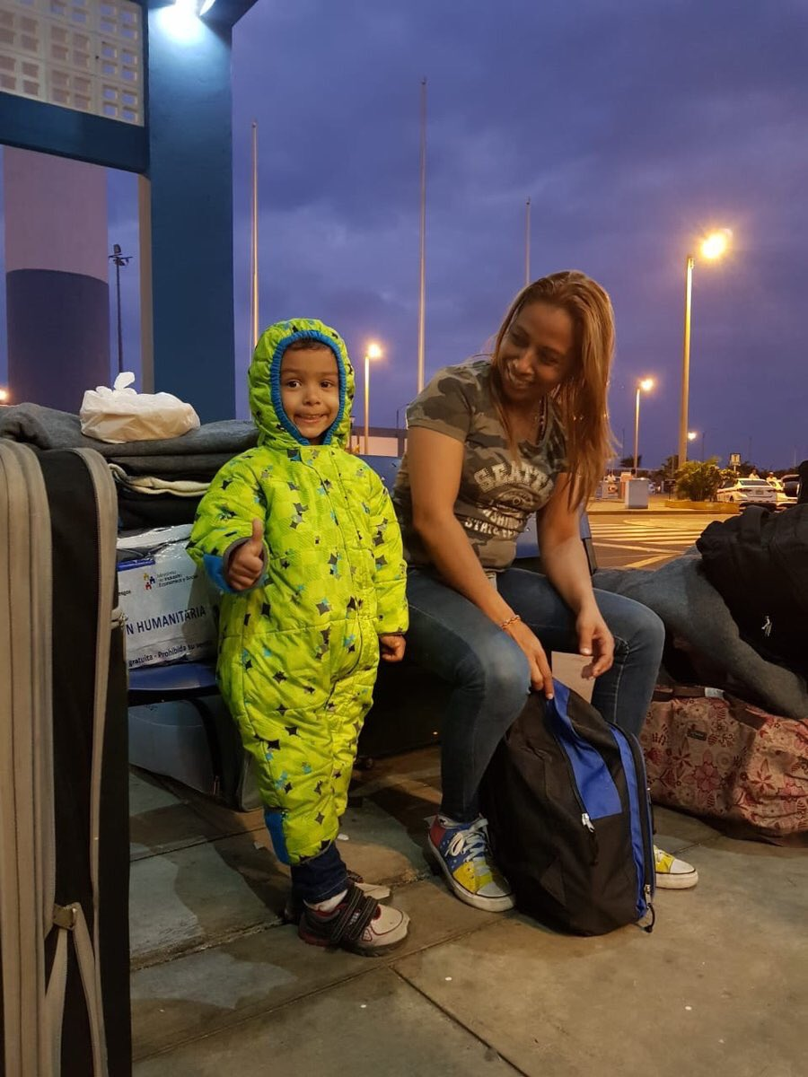Randall and his mother arrived in Peru after a long journey from Venezuela. 1.5M+ people from Venezuela have left for neighbouring countries & beyond. @refugees is providing life-saving support: reporting.unhcr.org/venezuela-situ… via @ACNURamericas