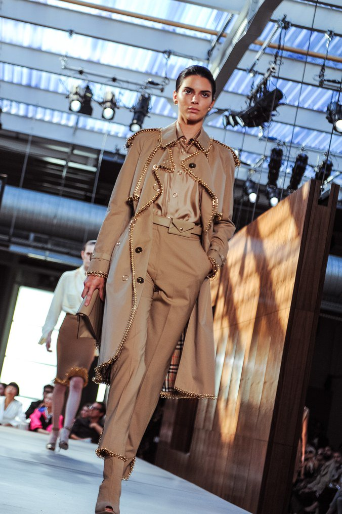 See Riccardo Tisci's @Burberry, which was everything—and nothing—you expected: wmag.cm/F5yvmLP
