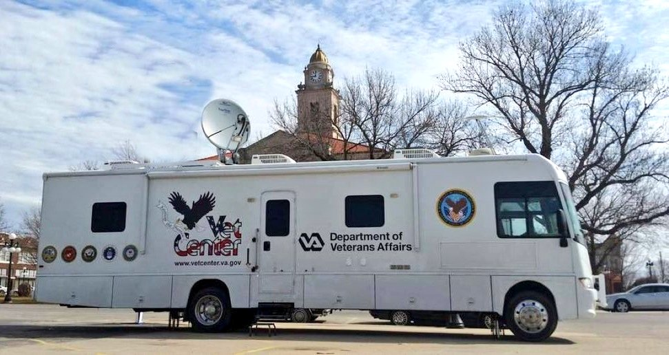 Starting tonight from 8pm - Midnight and tomorrow 6AM - Midnight the @DeptVetAffairs VA&#39;s Mobile Vet Center will offer free counseling to the #MerrimackValley Veterans &amp; community members impacted by #MVGasFire   Lawrence Senior Center; 155 Haverhill Street - Lawrence, MA. <br>http://pic.twitter.com/GwxA1p2wSC &ndash; à Lawrence Senior Center