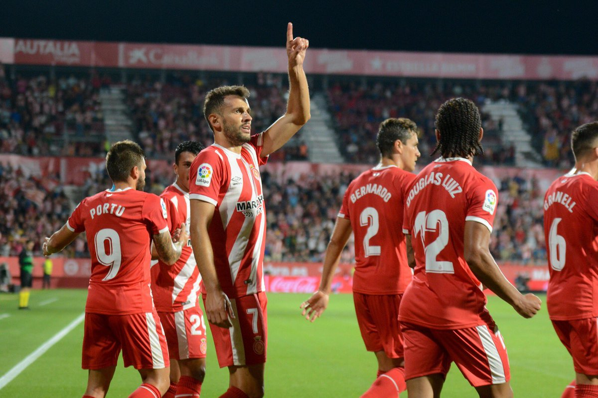 Stuani celebra un gol en Montilivi.
