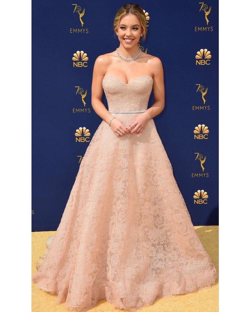 Actress @Sydney_Sweeney wears #ReemAcraPreFall18 to the 2018 #Emmys. . . . #ReemAcra #SydneySweeney