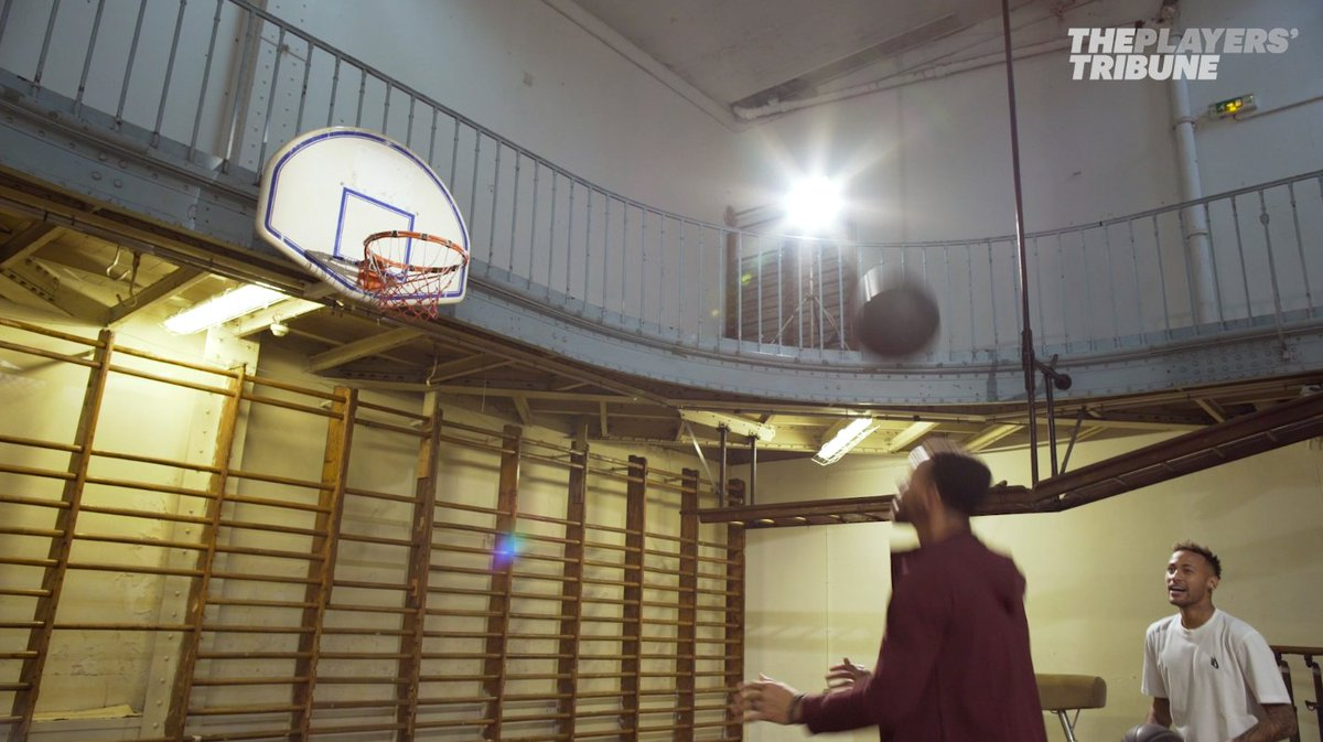 🏀@StephenCurry30 challenged @Neymarjr to a game of H-O-R-S-E at the oldest basketball court in the world. In a Paris basement.⚽️