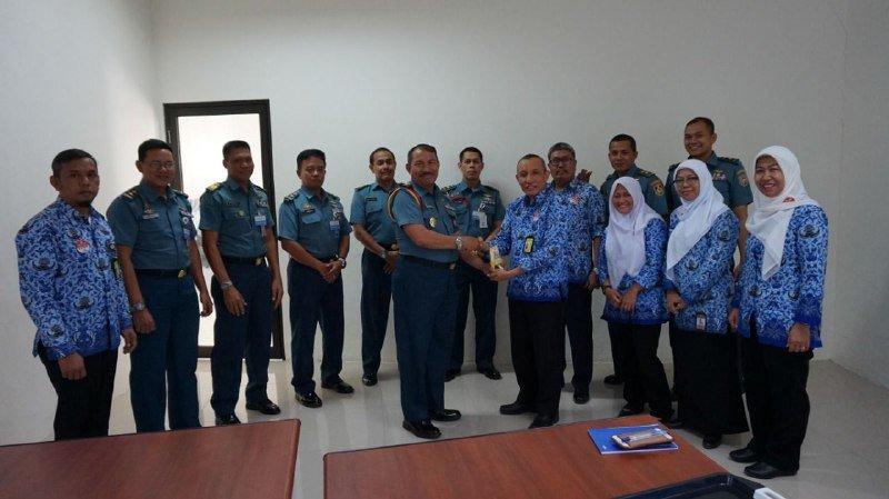 Kunjungan Puspenerbal Juanda ke BBKP Surabaya