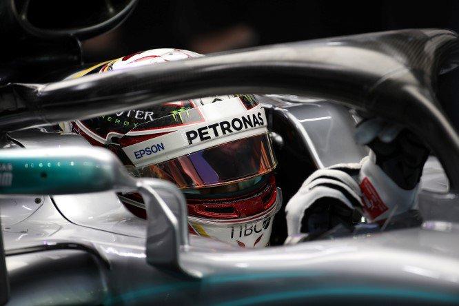 #F1 #SingaporeGP | #Hamilton caricato dalla forza della super #Mercedes in grado di vincere anche senza grosse novità tecniche http://bit.ly/2QE1jnR  - Ukustom