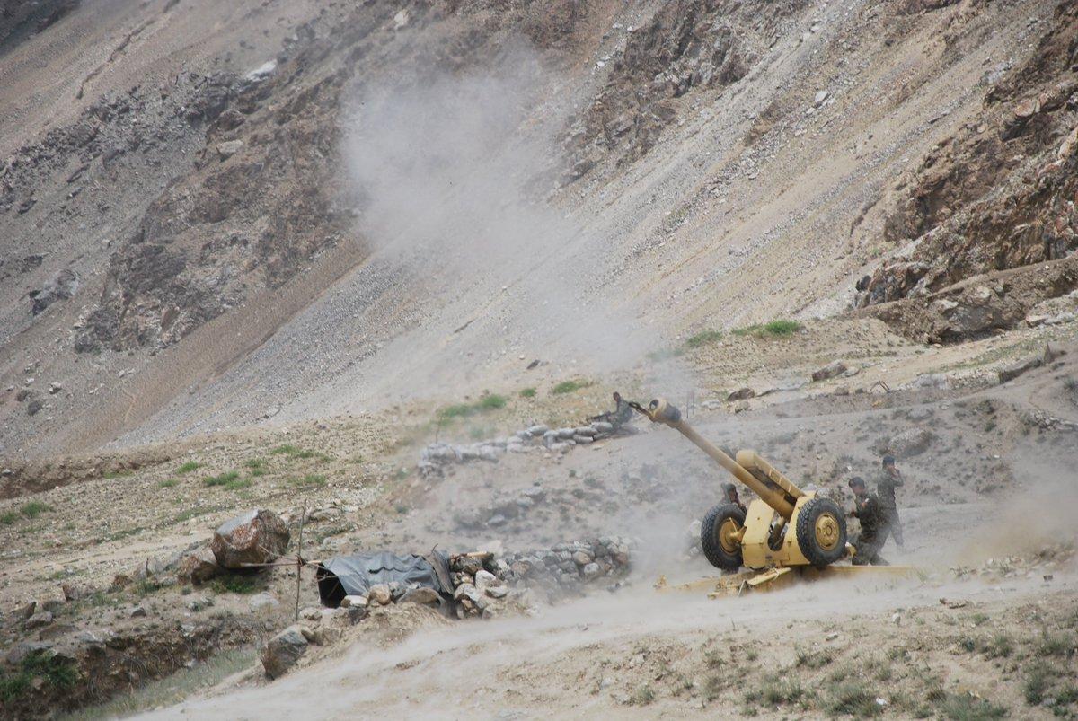 در نتیجه انداخت توپچی در ولسوالی انار دره ولایت فراه ۶ تن دهشت افگن کشته و ۹ تن زخمی گردیده اند .