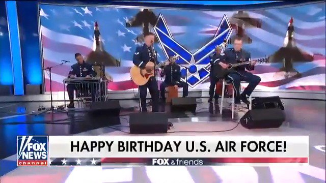 Happy 71st birthday to the @usairforce! https://t.co/hES09RWx8h