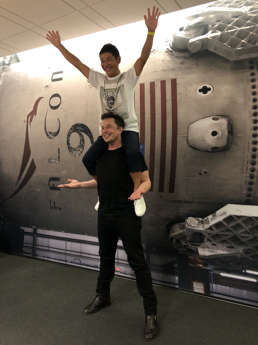 Elon Musk unveils first SpaceX passenger for trip to the moon:   https://t.co/0XpskIqIsD https://t.co/pMR6K3BvBT