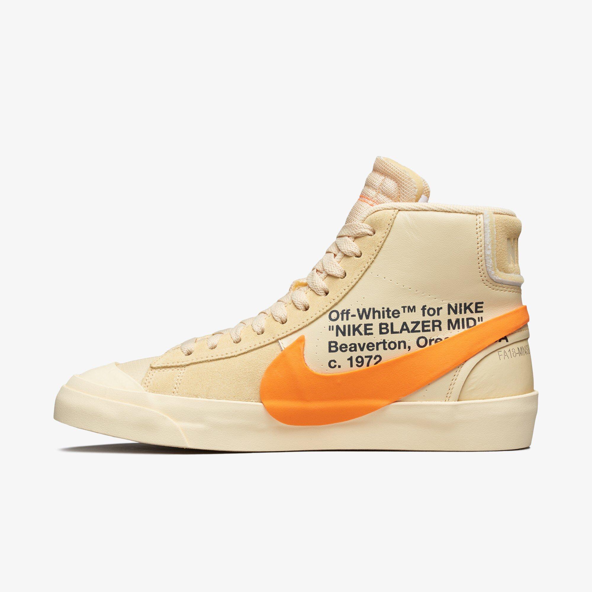 2e9c9eaf34db8 Sneaker Bar Detroit on Twitter: