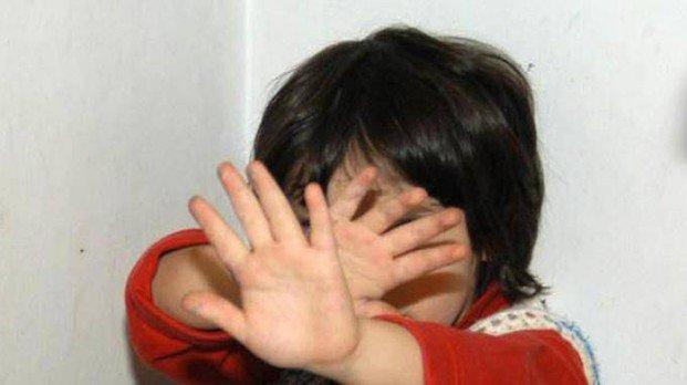 Violenza sessuale su un bimbo di quattro anni  #abusi #attisessuali #reggioemilia #violenzasessuale  https:// www.lavocedireggioemilia.it/2018/09/18/reggio-emilia-violenza-sessuale/  - Ukustom