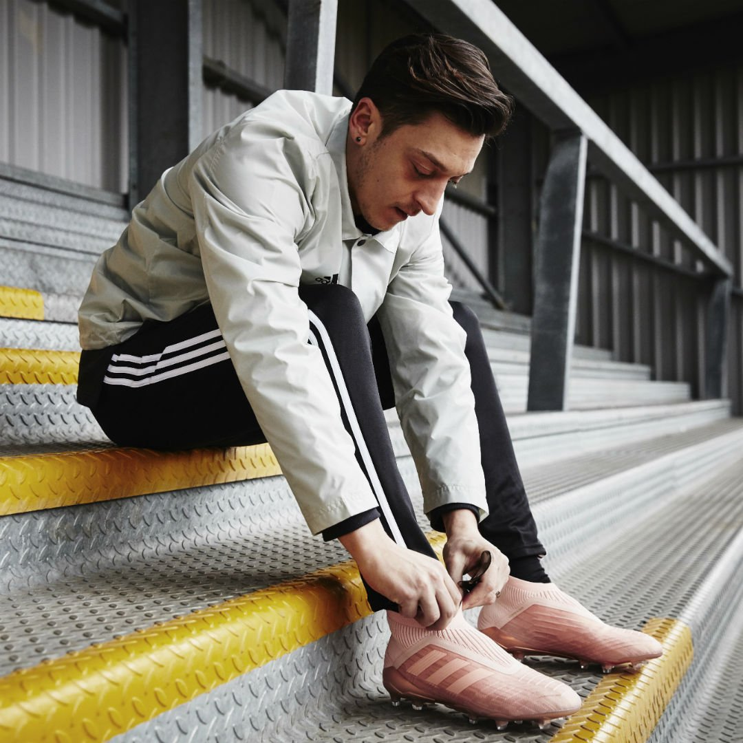 Messi ✅ Pogba ✅ Salah ✅ Ozil ✅ Bale ✅ Jesus ✅ @adidasfootball have announced the launch the Spectral Mode boot pack, the second boot pack of this season... Thoughts?