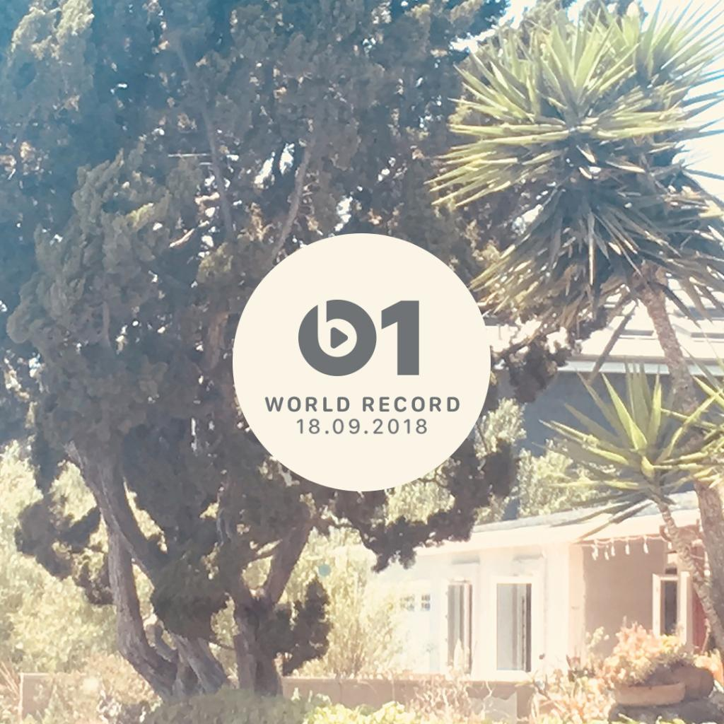 Tap in for new @LanaDelRey! @zanelowe is playing Venice B**** now. apple.co/LanaB1 #WorldRecord