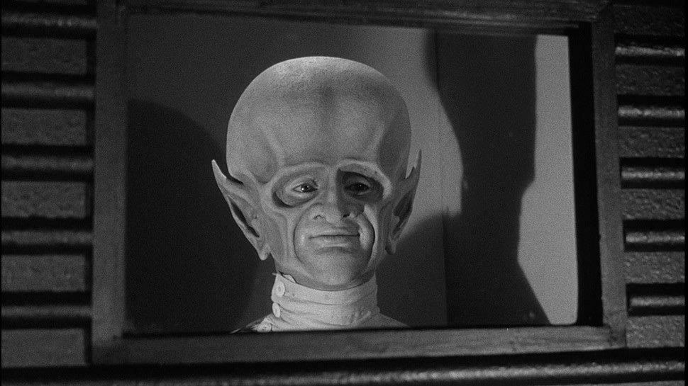 The best '60s sci-fi series currently streaming on @hulu: https://t.co/O7JmZ1gel4 https://t.co/kp0bwoXfcZ