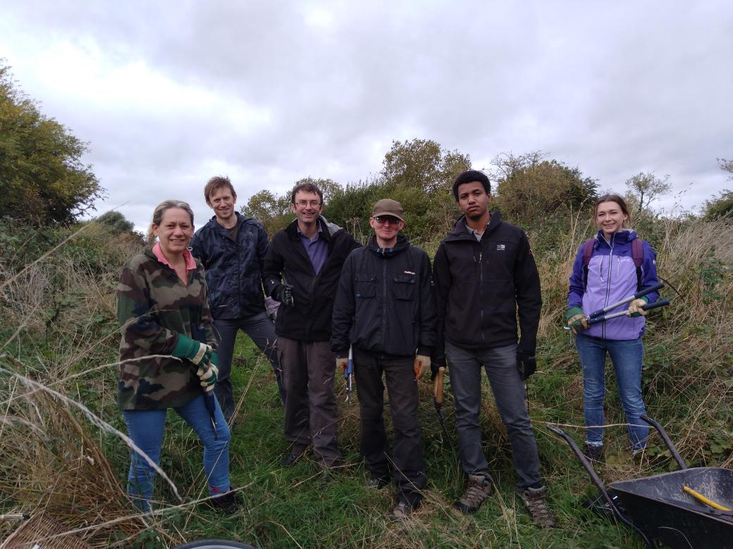 Our Working for Nature trainees ready to tackle some brambles at @ATTENBOROUGHNR #HeritageLottery @DerbysWildlife