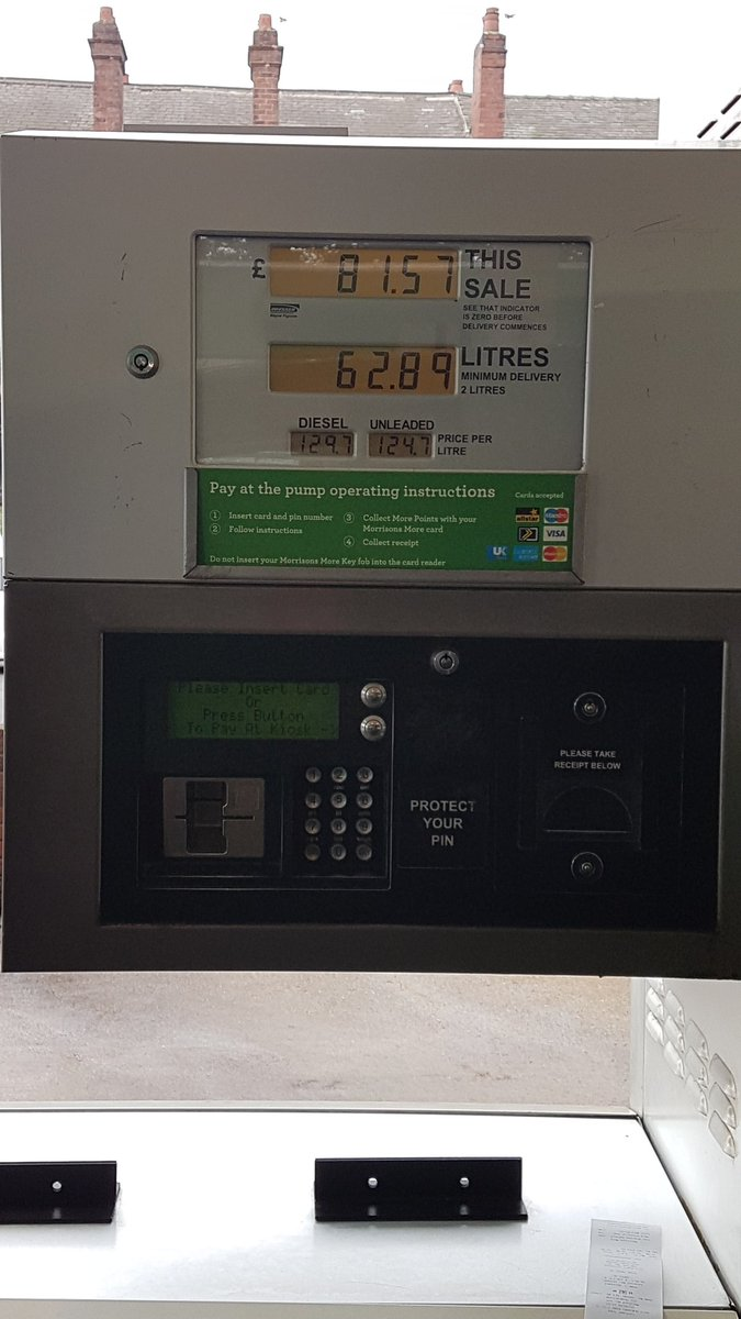 On days like these, i miss living in Nigeria, when i could fill up my tank for N4,000 (£8)  #naija #thegoodtimeswere when there was no fuel scarcity... <br>http://pic.twitter.com/1aXZ4xPImF