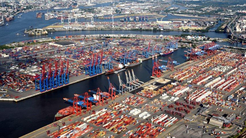 Ökonom zum Handelsstreit zwischen USA und China: 'Europa könnte zum großen Profiteur werden' https://t.co/hNchQX3eRJ