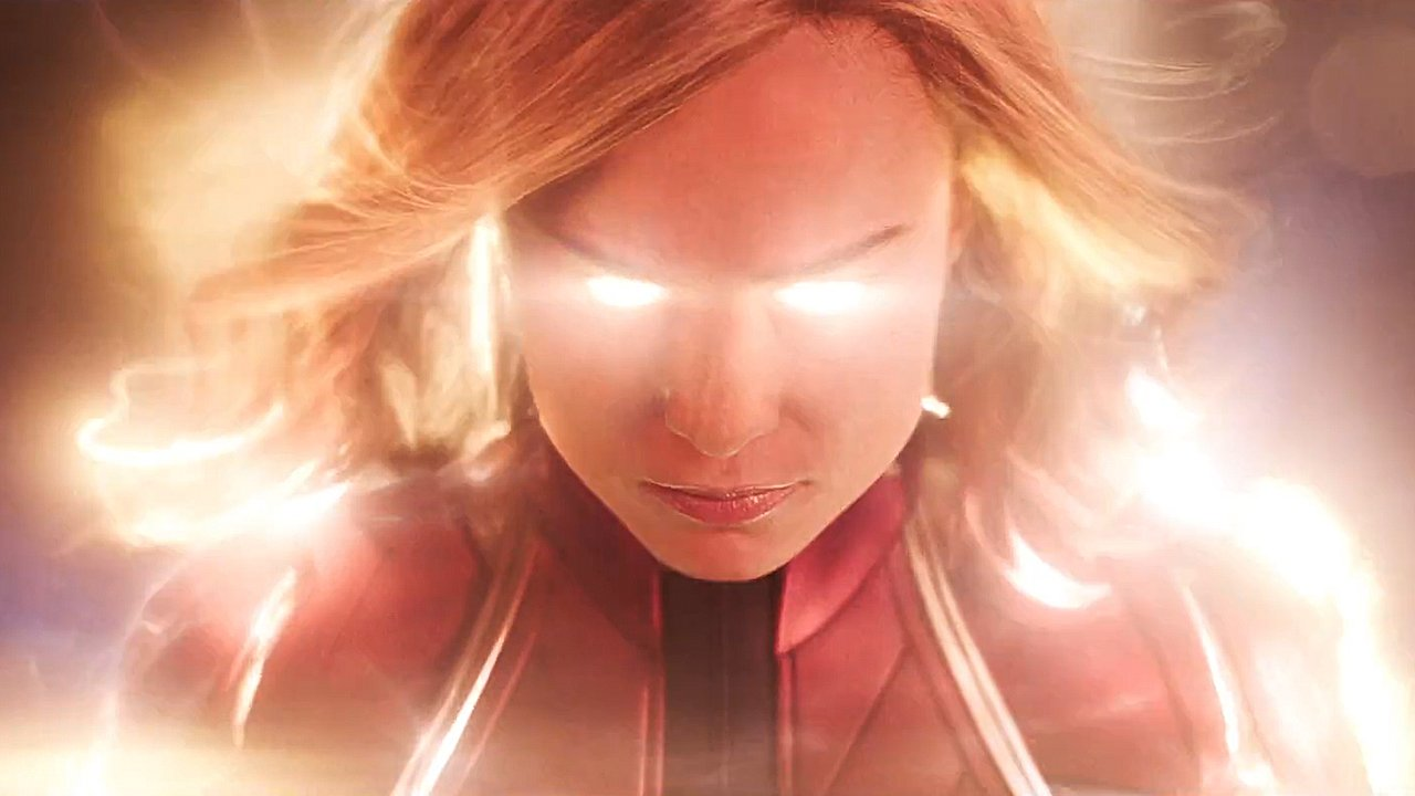 It's here! The first trailer for #CaptainMarvel �� https://t.co/NhXnGBU3NW