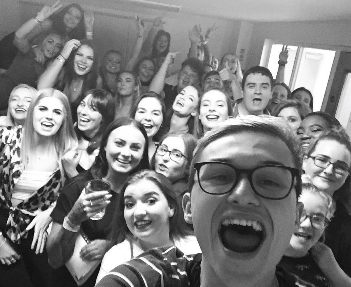 Why American Students Havent Gotten >> Bishopburtoncollege On Twitter The First Freshersweek Night Out