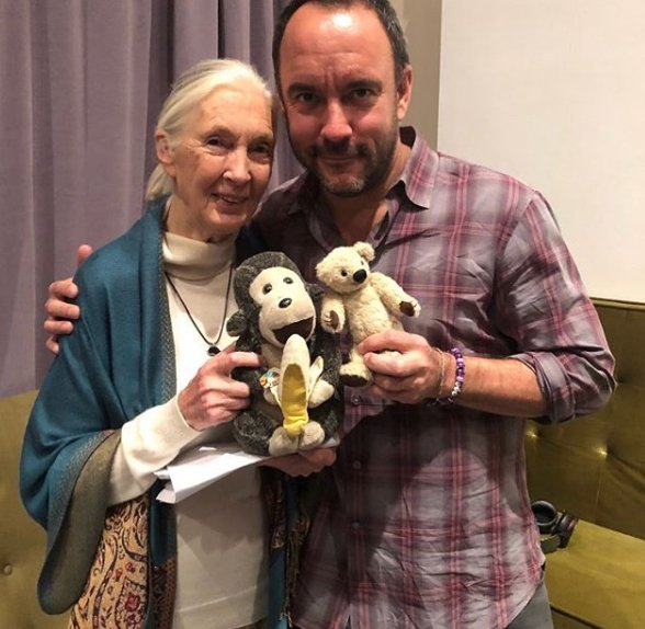 #Traveltuesday Jane is feeling the love as she's gotten to see some of her favorite ppl on her Fall US tour! @davematthewsbnd contribution to supporting work of JGI + other conservation efforts is remarkable + an excellent model for us all! #wheresjane Photo